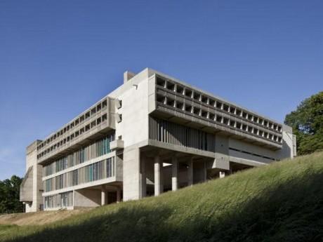 Le couvent Le Corbusier à Eveux dans le Rhône - DR