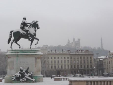 La quantité de neige qui tombera dans le Rhône n'est pas encore connue précisément - Lyonmag