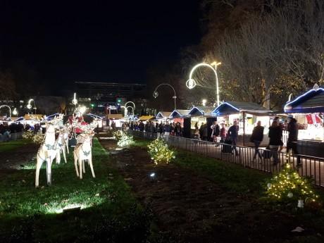 Le marché de Noël de la place Carnot ferme ses portes le 24 décembre - LyonMag