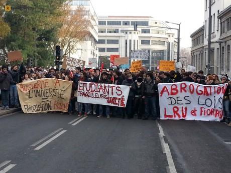 Les étudiants rassemblés samedi après-midi - LyonMag