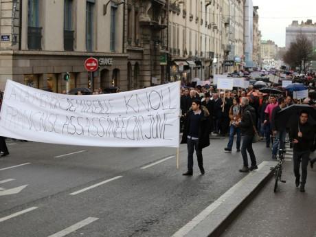 En mars dernier près de 1000 personnes étaient présentes au rassemblement en hommage à Mireille Knoll - LyonMag
