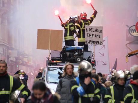 Les pompiers lors d'une précédente manifestation à Lyon - photo d'archives Lyonmag.com