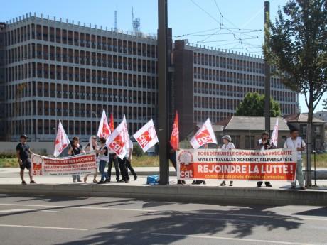 Les manifestants de la CGT attendaient la ministre du Travail de pied ferme - LyonMag