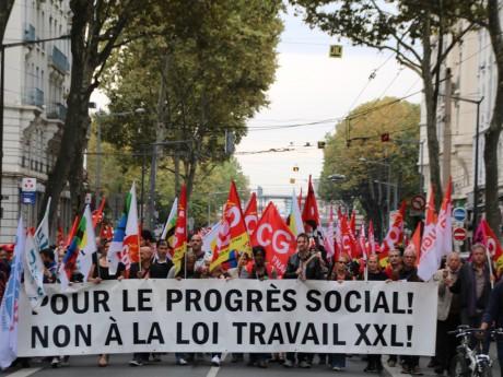 Entre 2 500 et 5 000 personnes ont manifesté à Lyon - Lyonmag.com