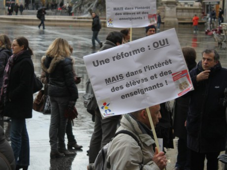 Les manifestants, devant l'Hôtel de Ville - LyonMag.com