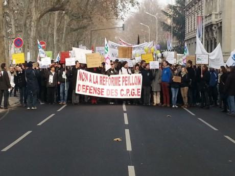 1000 personnes avaient défilé lundi - LyonMag