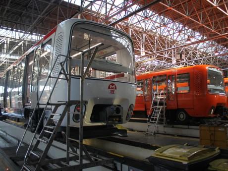 Les rames du métro D dans l'atelier du Thioley à Vénissieux - LyonMag