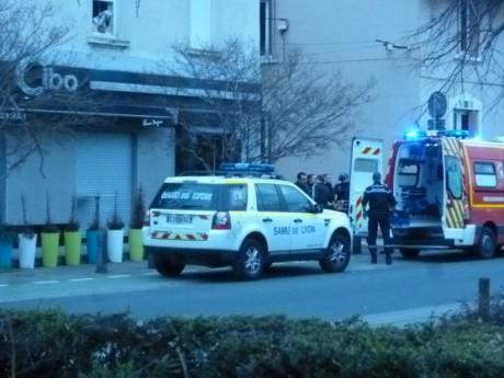 La scène du meurtre au Cibo, peu après la fusillade - LyonMag