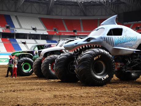 Les Monster Trucks ont déjà pris place dans le Groupama Stadium - LyonMag