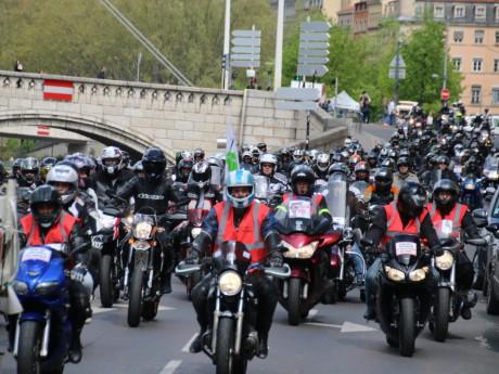 2300 motards en colère - LyonMag