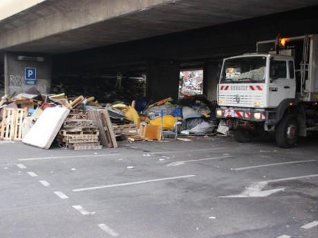 Les équipes du Grand Lyon lors des opérations de nettoyage à la mi-journée - LyonMag