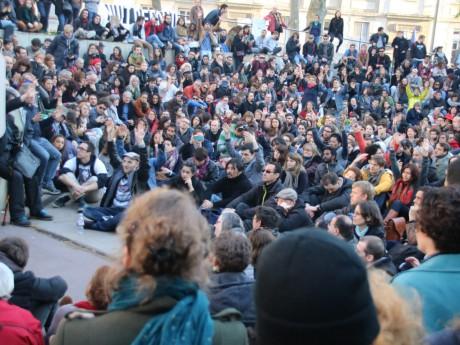 L'une des premières éditions de la Nuit Debout - LyonMag