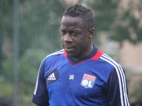 Aly Cissokho, pris en grippe par les supporters, avait été recruté pour 15M d'euros en 2009 - LyonMag.com
