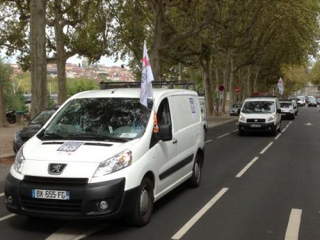 Opération escargot des artisans du Rhône - Photo Lyonmag