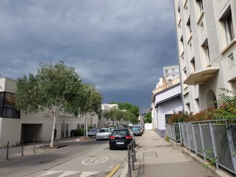 Le ciel était déjà gris ce matin au-dessus de Lyon- LyonMag