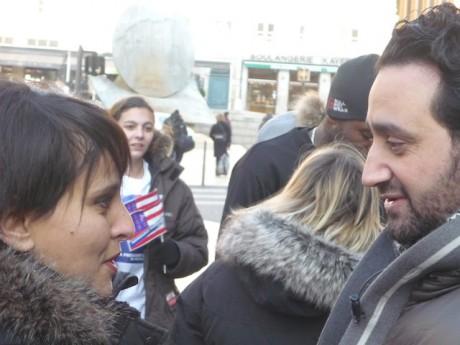 Najat Vallaud-Belkacem, adjointe aux Grands Evènements, a rendu visite à Cyril Hanouna devant l'Hôtel de Ville de Lyon lundi matin - LyonMag