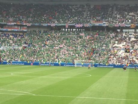 Les supporters nord-irlandais au Parc OL - LyonMag