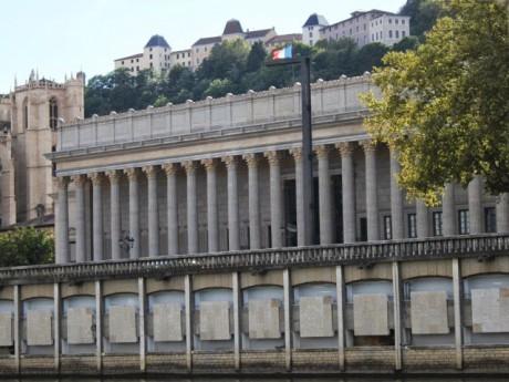 Le Palais de justice où se tient le procès du meurtre du petit Valentin - LyonMag