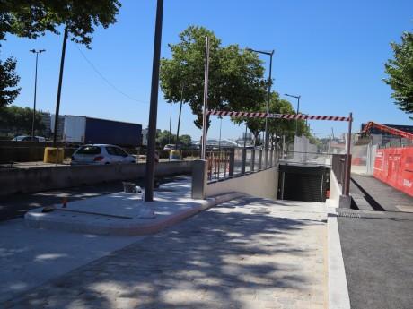 L'entrée du nouveau parking du quartier de la Confluence - LyonMag