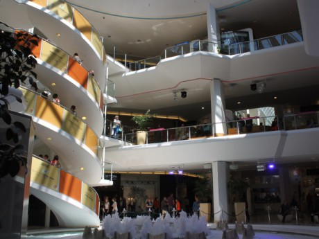 Les centres commerciaux ouverts ce mardi - LyonMag