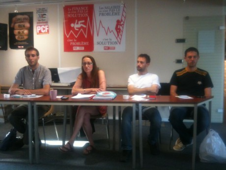 Aline Guitard (au centre) promet des discussions sur le projet du PCF à partir du mois d'août - LyonMag