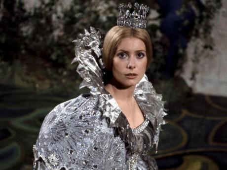 Catherine Deneuve dans Peau d'Ane - DR