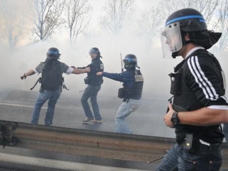 Les forces de l'ordre en pleine intervention ce mercredi sur le périphérique - LyonMag