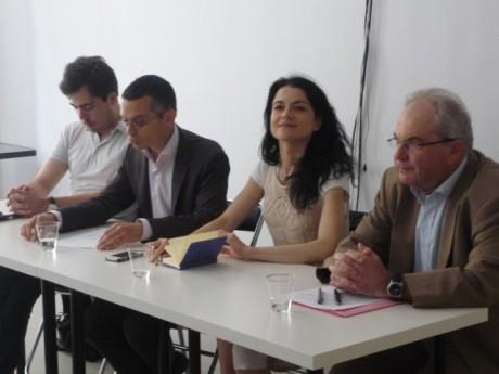 Nathalie Perrin-Gilbert et les représentants du GRAM - LyonMag.com