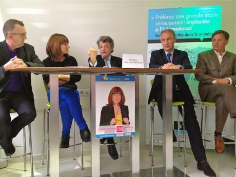 De g. à d. : Olivier Barnet (suppléant), Fabienne Lévy (candidate), Jean-Louis Borloo, Bernard Fialaire (pdt du Parti radical du Rhône), Cyrille Isaac-Sybille (président du Modem du Rhône)