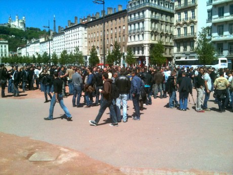 Les policiers place Bellecour jeudi à 12h - LyonMag
