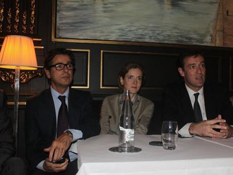 Avec Hamelin, NKM et Havard juste avant l'inauguration mouvementée de la permanence - LyonMag