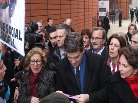 Arnaud Montebourg, ici entouré de Geneviève Fioraso et Marisol Touraine - LyonMag