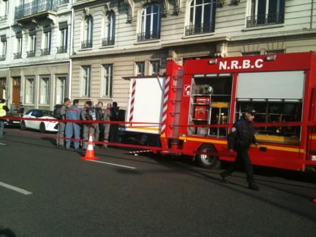Le quai Claude-Bernard lors de l'intervention des pompiers - LyonMag