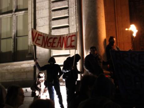 La banderole qui a provoqué le départ de plusieurs manifestants - LyonMag
