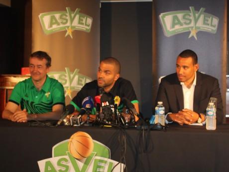 Pierre Vincent, Tony Parker et Gaëtan Muller - photo Lyonmag.com