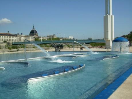Les nouveaux aménagements de la piscine du Rhône - LyonMag.com