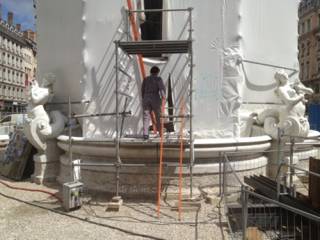 La fontaine de la Place des Jacobins en travaux - Photo Lyonmag.com