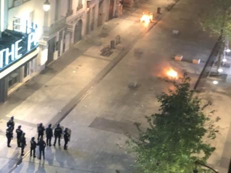 Des poubelles incendiées le 31 octobre 2018 à Lyon - LyonMag