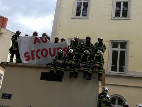 Les pompiers de la caserne Lyon-Rochat ont débrayé ce jeudi matin - LyonMag