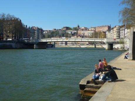 La travée devra passer sous les différents ponts au dessus de la Saône - LyonMag