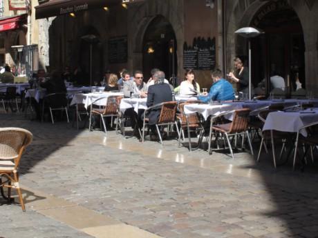 Les Rhodaniens sont parmi les plus accros au resto en France - LyonMag