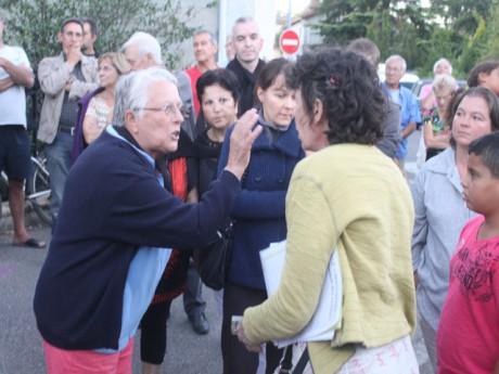 Echanges tendus entre riverains et défenseurs des Roms - LyonMag