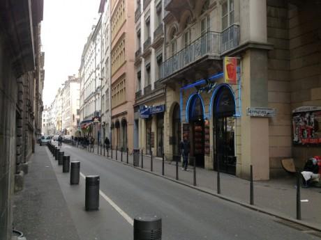 La rue du Puits Gaillot, des dizaines d'enseignes qui ne profitent pas du 8 décembre - LyonMag