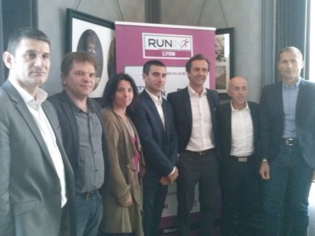 Les organisateurs du Run In Lyon avec Yann Cucherat - LyonMag