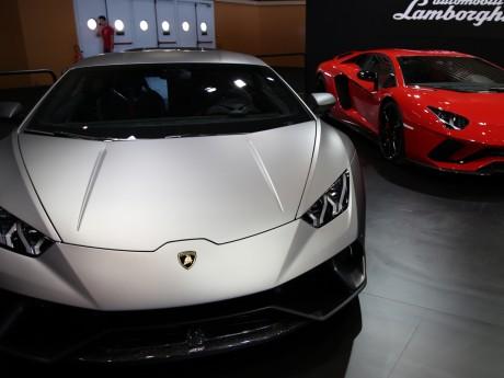 De belles voitures sont visibles au salon - LyonMag