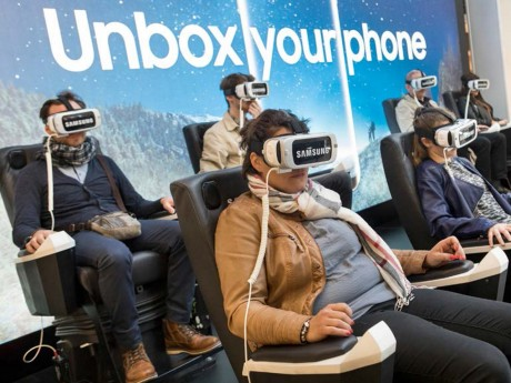Réalité virtuelle avec le casque Samsung Gear VR - DR