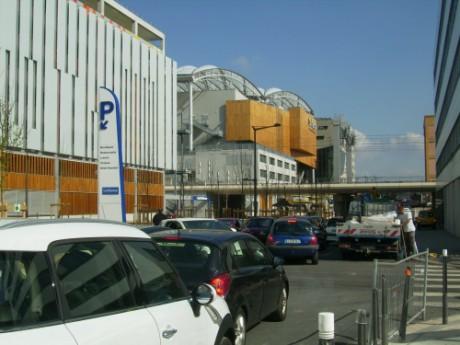 Le quartier de la Confluence, souvent encombré dans le secteur sud - LyonMag