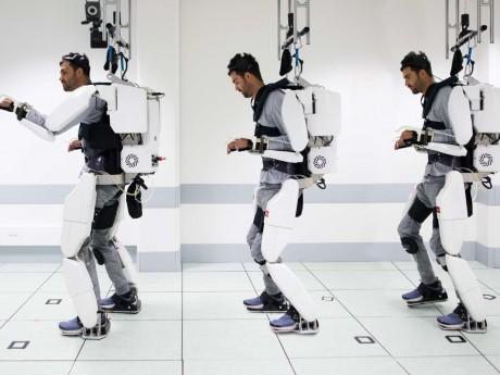 Thibault dans son exosquelette - DR