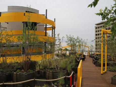 Le toit terrasse du parking des halles - LyonMag