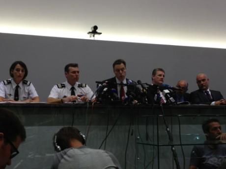 Les enquêteurs lors d'une conférence de presse à Annecy - LyonMag